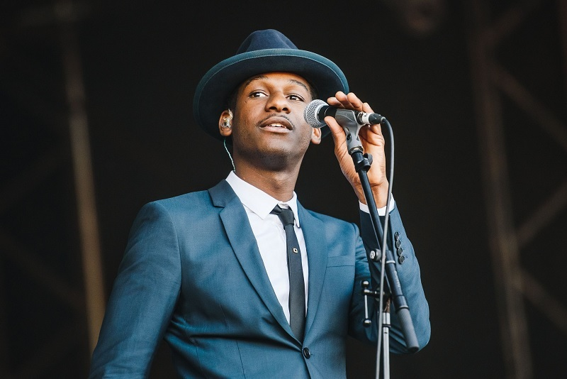 Leon Bridges Chicago Tickets