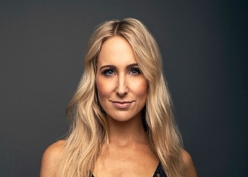 Nikki Glaser Chicago